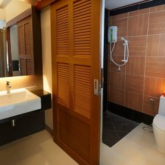 Отель Euanjitt Chill House ванная