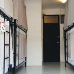 De Talak Hostel Бангкок фитнесс-зал