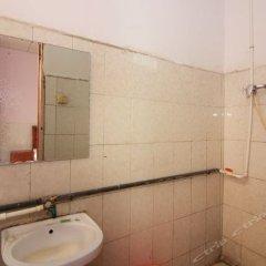 Отель Jiafu Hostel Китай, Чжуншань - отзывы, цены и фото номеров - забронировать отель Jiafu Hostel онлайн ванная