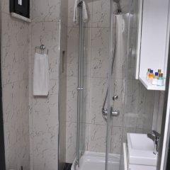 Monarch Hotel ванная