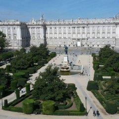 Отель Gran Melia Palacio De Los Duques фото 2