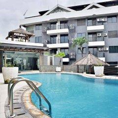 Отель ZEN Rooms Cilandak бассейн