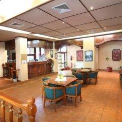 Отель Complex Ekaterina Болгария, Сливен - отзывы, цены и фото номеров - забронировать отель Complex Ekaterina онлайн питание фото 2