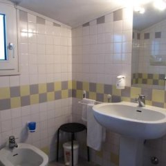 Отель Rizzi Италия, Лимена - отзывы, цены и фото номеров - забронировать отель Rizzi онлайн ванная