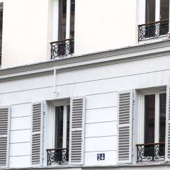 Отель Hôtel Le Mireille балкон