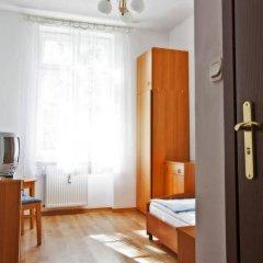 Отель Ds Cztery Pory Roku Гданьск комната для гостей фото 4