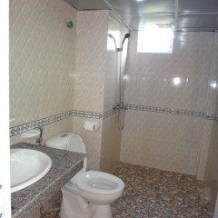 Отель Sapa Mountain City Hotel Вьетнам, Шапа - отзывы, цены и фото номеров - забронировать отель Sapa Mountain City Hotel онлайн ванная фото 2