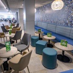 Отель 4R Gran Europe гостиничный бар