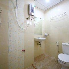 Отель Paragon One Residence Бангкок ванная фото 2