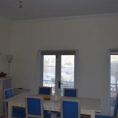 Апартаменты Senglea Seafront Apartment питание