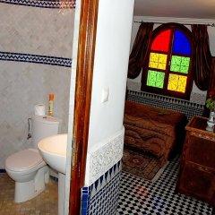 Отель Riad La Perle De La Médina Марокко, Фес - отзывы, цены и фото номеров - забронировать отель Riad La Perle De La Médina онлайн ванная