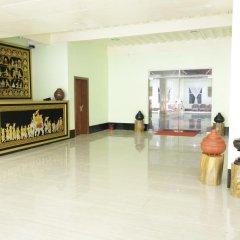 Отель Deluxe Hotel Мьянма, Хехо - отзывы, цены и фото номеров - забронировать отель Deluxe Hotel онлайн интерьер отеля фото 2