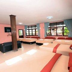 Paknampran Hotel фитнесс-зал