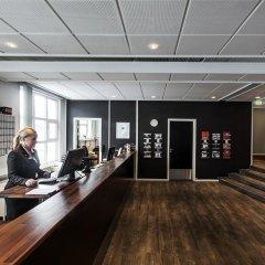 Отель First Hotel Aalborg Дания, Алборг - отзывы, цены и фото номеров - забронировать отель First Hotel Aalborg онлайн интерьер отеля фото 3