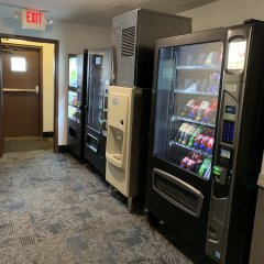 Отель Baymont Inn & Suites Jefferson City банкомат