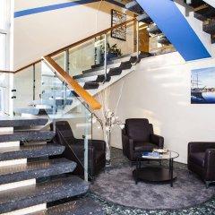 Отель Hotell Årstaberg Швеция, Аарста - 1 отзыв об отеле, цены и фото номеров - забронировать отель Hotell Årstaberg онлайн интерьер отеля фото 2