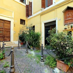 Отель Pantheon Charming Attic Рим