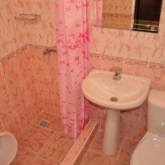 Гостиница Viktoriya Guest House в Анапе отзывы, цены и фото номеров - забронировать гостиницу Viktoriya Guest House онлайн Анапа ванная фото 2