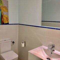 Отель Hostal Arriaza Мадрид ванная фото 2