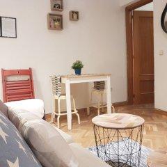 Отель Apartamento Delicias - Ferrocarril Испания, Мадрид - отзывы, цены и фото номеров - забронировать отель Apartamento Delicias - Ferrocarril онлайн комната для гостей фото 3