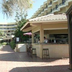 Отель Venus Beach Hotel Кипр, Пафос - 3 отзыва об отеле, цены и фото номеров - забронировать отель Venus Beach Hotel онлайн бассейн