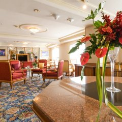 Montien Riverside Hotel интерьер отеля фото 2