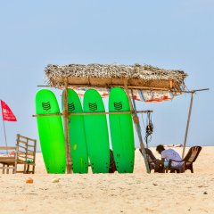 International Beach Hotel & Restaurant пляж фото 2