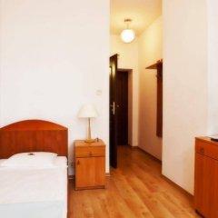 Отель Ds Cztery Pory Roku Гданьск комната для гостей фото 2