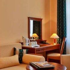 Отель Best Western Plus Hotel Meteor Plaza Чехия, Прага - 6 отзывов об отеле, цены и фото номеров - забронировать отель Best Western Plus Hotel Meteor Plaza онлайн удобства в номере фото 2