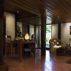 Отель Villa Maydou Boutique Hotel Лаос, Луангпхабанг - отзывы, цены и фото номеров - забронировать отель Villa Maydou Boutique Hotel онлайн интерьер отеля