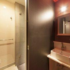 Отель Centurion Hotel Residential Cabin Tower Япония, Токио - отзывы, цены и фото номеров - забронировать отель Centurion Hotel Residential Cabin Tower онлайн ванная