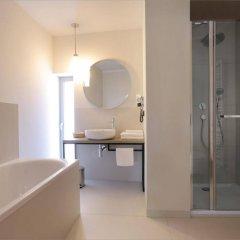 Отель fairPlayce Польша, Познань - отзывы, цены и фото номеров - забронировать отель fairPlayce онлайн ванная
