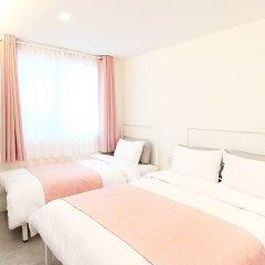 ORBIT Cafe & Guesthouse - Hostel комната для гостей