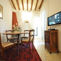 Апартаменты ToFlorence Apartments Oltrarno Флоренция комната для гостей фото 3
