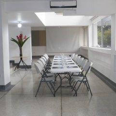 Отель Casa Santa Mónica Колумбия, Кали - отзывы, цены и фото номеров - забронировать отель Casa Santa Mónica онлайн помещение для мероприятий фото 2