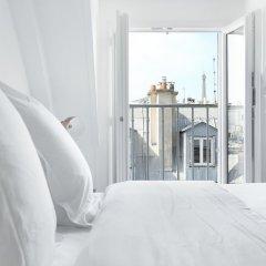 Отель Ponthieu - Champs Elysées Франция, Париж - отзывы, цены и фото номеров - забронировать отель Ponthieu - Champs Elysées онлайн балкон