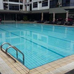 Отель Mowu Suites @ Bukit Bintang Fahrenheit 88 Малайзия, Куала-Лумпур - отзывы, цены и фото номеров - забронировать отель Mowu Suites @ Bukit Bintang Fahrenheit 88 онлайн бассейн