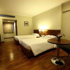 Отель Sd Avenue Бангкок сейф в номере