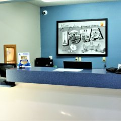 Отель Super 8 Emmetsburg интерьер отеля фото 3