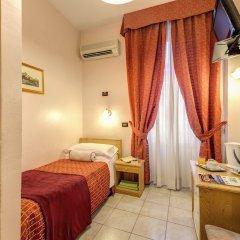 Отель Espana Рим сейф в номере