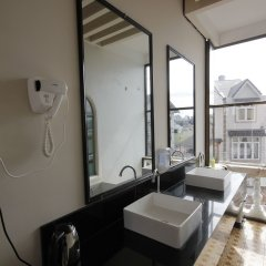 Отель Binh Yen Hotel Вьетнам, Далат - 1 отзыв об отеле, цены и фото номеров - забронировать отель Binh Yen Hotel онлайн ванная