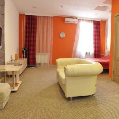 Гостиница Александр Хаус в Барнауле 1 отзыв об отеле, цены и фото номеров - забронировать гостиницу Александр Хаус онлайн Барнаул комната для гостей