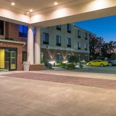 Отель Holiday Inn Express and Suites Lafayette East фото 3