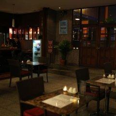 Hotel Nida Sukhumvit Prompong Бангкок гостиничный бар