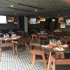 Отель Krystal Grand Suites Insurgentes Sur Мехико гостиничный бар
