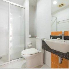 Апартаменты Comfy King Studio Бангкок ванная