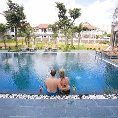 Hoian Sincerity Hotel & Spa бассейн