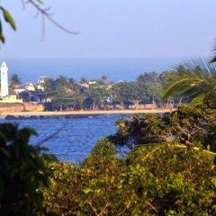 Отель Villa Baywatch Rumassala Шри-Ланка, Унаватуна - отзывы, цены и фото номеров - забронировать отель Villa Baywatch Rumassala онлайн пляж