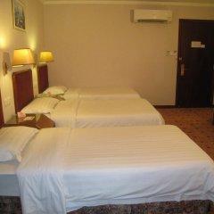 East Asia Hotel комната для гостей фото 5
