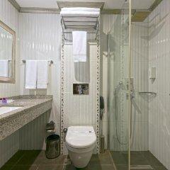 Xperia Saray Beach Hotel Турция, Аланья - 10 отзывов об отеле, цены и фото номеров - забронировать отель Xperia Saray Beach Hotel онлайн ванная
